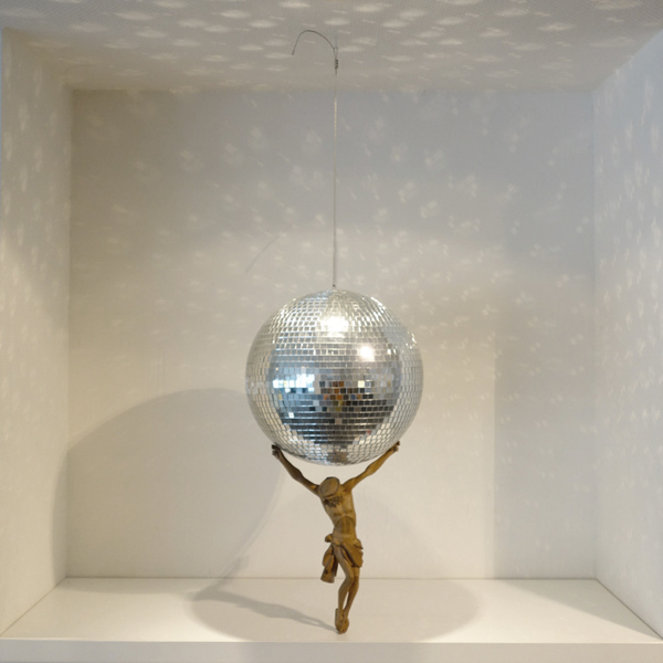 diskokugel_jesus_atlas_mirror ball_jesus_andre_stache_foto_vesko_goesel