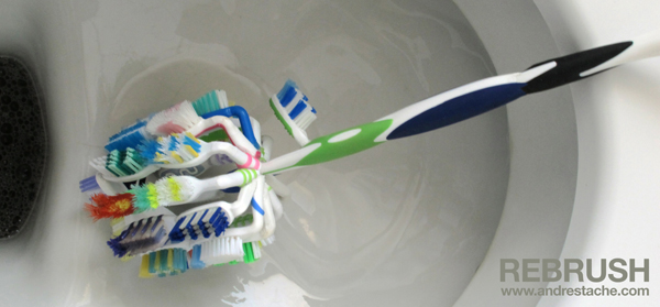 rebrush,zahnbürsten,toilettenbürste,toilet brush,tooth brush,upcycling art,reuse,andre stache