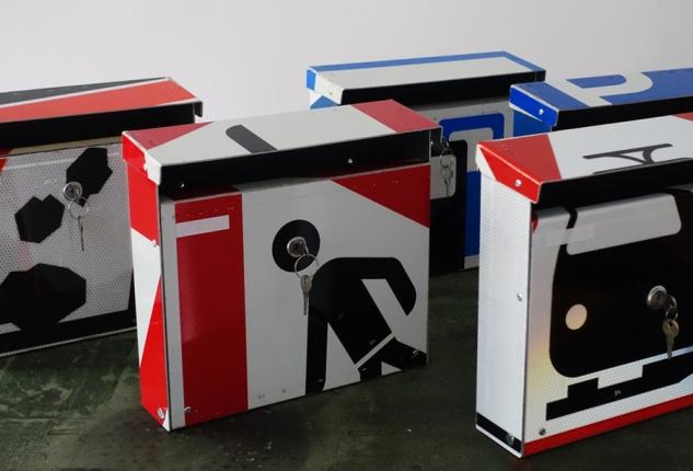 repost,fussgänger,design,kunst,art,handwerk,briefkasten,post box,andre stache,berlin