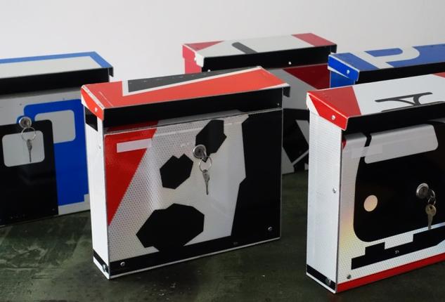 repost,steinschlag,design,kunst,art,handwerk,briefkasten,post box,andre stache,berlin