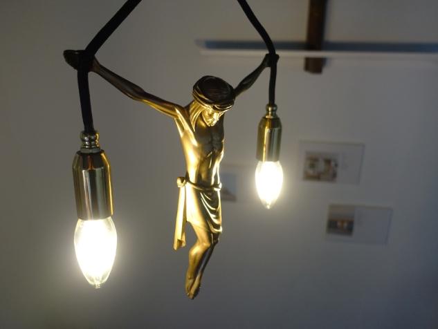 jesus hanging lamp,jesus hänge leuchte,pendelleuchte,andre stache,1