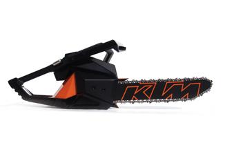 conceptdesign,productdesign,ktm,chainsaw,industrialdesign,cs70,designandrestache